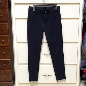 "Burberry Brit ""skinny jean"" style legging size M"